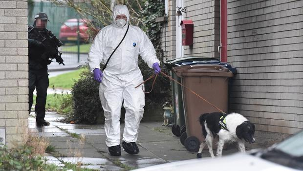 Pacemaker Press 17/01/2020 Police Forensics carry out searches in the Legahory area    in Craigavon on Friday. A 40-year-old man has been arrested on suspicion of a murder in Craigavon, County Armagh. The Police Service of Northern Ireland (PSNI) said a murder investigation was launched after the body of a 25-year-old man was found in the Lake Road area on Thursday night. A post-mortem examination will be conducted. Pic Colm Lenaghan/Pacemaker