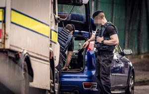 ATO at the scene of a security alert in Haywood Avenue, south Belfast on June 18th 2020 (Photo by Kevin Scott for Belfast Telegraph)