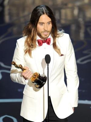 HOLLYWOOD, CA - MARCH 02:  Actor Jared Leto accepts the Best Performance by an Actor in a Supporting Role award for 'Dallas Buyers Club' onstage during the Oscars at the Dolby Theatre on March 2, 2014 in Hollywood, California.  (Photo by Kevin Winter/Getty Images)