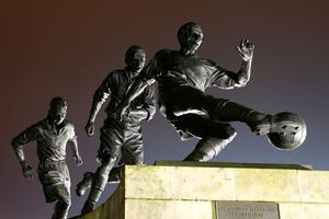 General view of the Sir Stanley Matthews statue prior to the Capital One Cup semi final, first leg match between Stoke City and Liverpool at the Britannia Stadium on January 5, 2016 in Stoke on Trent, England.  (Photo by Clive Mason/Getty Images)