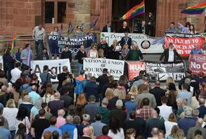 """PACEMAKER BELFAST  18/4/2019 The NUJ hold a vigil at the Guildhall  in memory of  29-year-old Lyra McKee ,who was shot dead  during rioting after police searches in Derry's Creggan area on Thursday night. Assistant Chief Constable Mark Hamilton said the New IRA """"are likely to be the ones behind this"""" and detectives have started a murder inquiry. Photo Colm Lenaghan/ Pacemaker Press"""