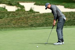NORTON, MA - SEPTEMBER 05:  Rory McIlroy of Northern Ireland putts on the 17th green during the final round of the Deutsche Bank Championship at TPC Boston on September 5, 2016 in Norton, Massachusetts.  (Photo by David Cannon/Getty Images)
