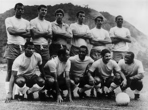 FILE - OCTOBER 25, 2016: Brazil legend Carlos Alberto, has died on October 25, 2016 at the age of 72. The Brazilian football team, 18th May 1970. (Back row left to right) Carlos Alberto, Baldocchi, Ado, Fontana, Piazza and Marco Antonio; (front row) Jairzinho, Gerson, Pele, Rivelino and Edu. (Photo by Keystone/Hulton Archive/Getty Images)