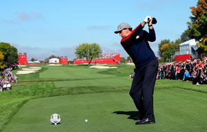 CHASKA, MN - SEPTEMBER 30: Phil Mickelson of the United States hits off the 18th tee during morning foursome matches of the 2016 Ryder Cup at Hazeltine National Golf Club on September 30, 2016 in Chaska, Minnesota.  (Photo by Andrew Redington/Getty Images)