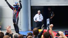 KUALA LUMPUR, MALAYSIA - MARCH 24:  Sebastian Vettel of Germany and Infiniti Red Bull Racing celebrates in parc ferme after winning the Malaysian Formula One Grand Prix at the Sepang Circuit on March 24, 2013 in Kuala Lumpur, Malaysia.  (Photo by Mark Thompson/Getty Images)