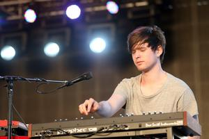 INDIO, CA - APRIL 14:  Musician James Blake performs onstage during day 3 of the 2013 Coachella Valley Music & Arts Festival at the Empire Polo Club on April 14, 2013 in Indio, California.  (Photo by Karl Walter/Getty Images for Coachella)
