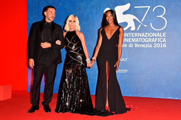 VENICE, ITALY - SEPTEMBER 02:  Riccardo Tisci, Donatella Versace and Naomi Campbell attend the premiere of 'Franca: Chaos And Creation' during the 73rd Venice Film Festival at Sala Giardino on September 2, 2016 in Venice, Italy.  (Photo by Pascal Le Segretain/Getty Images)