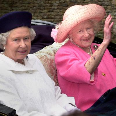 File photo dated 23/07/00 of Queen Elizabeth II (left) and the Queen Mother leaving church by horse drawn carriage on the Sandringham Estate, Norfolk as the Queen turns 90 on the April 21st. PRESS ASSOCIATION Photo. Issue date: Sunday April 3, 2016. See PA story ROYAL Birthday. Photo credit should read: Stefan Rousseau/PA Wire