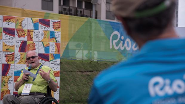 RIO DE JANEIRO, BRAZIL - SEPTEMBER 06: Sir Philip Craven, IPC President, at the Paralympic Mural Ceremony on September 5, 2016 in Rio de Janeiro, Brazil. (Photo by Raphael Dias/Getty Images for the International Paralympic Committee)