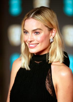 Margot Robbie attending the EE British Academy Film Awards held at the Royal Albert Hall, Kensington Gore, Kensington, London.  PRESS ASSOCIATION Photo. Picture date: Sunday February 18, 2018. See PA Story SHOWBIZ Bafta. Photo credit should read: Yui Mok/PA Wire.
