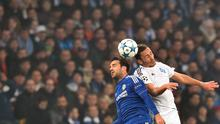 Chelsea's Spanish midfielder Cesc Fabregas (L) vies with Dynamo Kiev's Ukrainian midfielder Serhiy Rybalka  during the UEFA Champions League football match Dynamo Kiev vs Chelsea, on October 20, 2015 at the Olympic stadium in Kiev. AFP PHOTO / GENYA SAVILOVGENYA SAVILOV/AFP/Getty Images