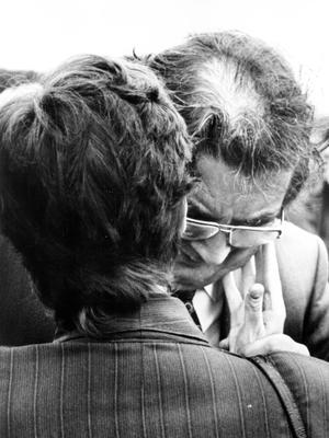 John Hume breaks down at one of the funerals