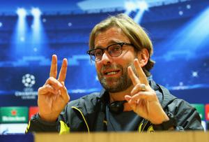 LONDON, ENGLAND - NOVEMBER 25:  Jurgen Klopp manager of Borussia Dortmund speaks during a Borussia Dortmund press conference, ahead of the UEFA Champions League Group D match against Arsenal, at Emirates Stadium on November 25, 2014 in London, England.  (Photo by Ian Walton/Getty Images)