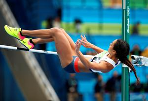 RIO DE JANEIRO, BRAZIL - AUGUST 12:  Katarina Johnson-Thompson of Great Britain competes in the Women's Heptathlon High Jump on Day 7 of the Rio 2016 Olympic Games at the Olympic Stadium on August 12, 2016 in Rio de Janeiro, Brazil.  (Photo by Cameron Spencer/Getty Images)