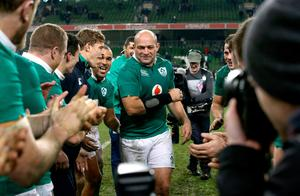 Ireland's captain Rory Best celebrates with teammates after the Autumn International match at the Aviva Stadium, Dublin. PRESS ASSOCIATION Photo. Picture date: Saturday November 26, 2016. See PA story RUGBYU Ireland. Photo credit should read: Brian Lawless/PA Wire. RESTRICTIONS: Editorial use only, No commercial use without prior permission