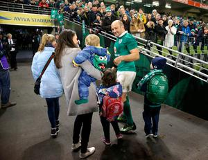Ireland's captain Rory Best with his family after the Autumn International match at the Aviva Stadium, Dublin. PRESS ASSOCIATION Photo. Picture date: Saturday November 26, 2016. See PA story RUGBYU Ireland. Photo credit should read: Brian Lawless/PA Wire. RESTRICTIONS: Editorial use only, No commercial use without prior permission