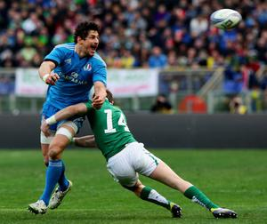 ROME, ITALY - MARCH 16:  Alessandro Zanni of Italy (L) is tackled by Graig Girloy of Ireland during the RBS Six Nations match between Italy and Ireland at Stadio Olimpico on March 16, 2013 in Rome, Italy.  (Photo by Paolo Bruno/Getty Images)