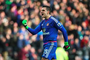 SUNDERLAND, ENGLAND - FEBRUARY 13:  Vito Mannone of Sunderland celebrates his team's second goal during the Barclays Premier League match between Sunderland and Manchester United at the Stadium of Light on February 13, 2016 in Sunderland, England.  (Photo by Ian MacNicol/Getty Images)