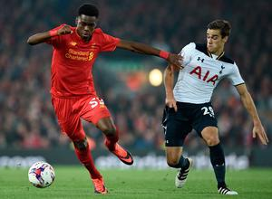 Liverpool's English midfielder Ovie Ejaria (L) vies with Tottenham Hotspur's English midfielder Harry Winks during the EFL (English Football League) Cup fourth round match between Liverpool and Tottenham Hotspur at Anfield in Liverpool north west England on October 25, 2016. AFP/Getty Images