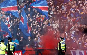 Rangers' fans during the William Hill Scottish Cup semi-final match at Hampden Park, Glasgow. PRESS ASSOCIATION Photo. Picture date: Sunday April 17, 2016. See PA story SOCCER Rangers. Photo credit should read: Danny Lawson/PA Wire. EDITORIAL USE ONLY