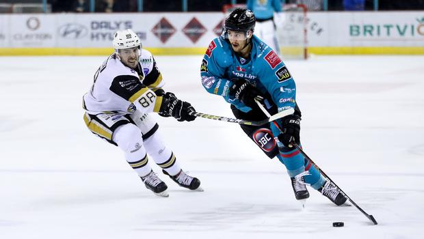 Belfast Giants forward Ben Lake with Nottingham Panthers forward Jon Rheault (William Cherry/Presseye)