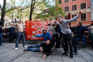 Manchester United fans in the centre of Munich before the Champions League, Quarter Final, Second Leg which will take place at the Allianz Arena, Munich, Germany.