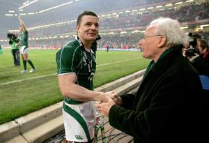 RBS Six Nations 21/3/2009 Ireland Brian O'Driscoll celebrates with Jack Kyle after the game Mandatory Credit ?INPHO/Morgan Treacy *** Local Caption ***