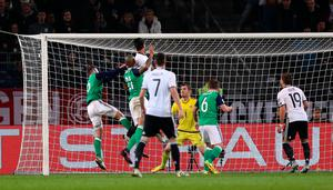 Germany's Sami Khedira (third from left) scores his side's second goal of the game during the 2018 FIFA World Cup Qualifying match at the HDI Arena, Hannover. PRESS ASSOCIATION Photo. Picture date: Tuesday October 11, 2016. See PA story SOCCER Germany. Photo credit should read: Andrew Matthews/PA Wire. RESTRICTIONS: Editorial use only, No commercial use without prior permission, please contact PA Images for further information: Tel: +44 (0) 115 8447447.