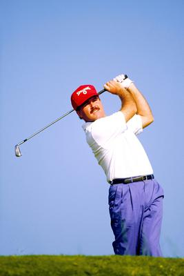 Rafferty in actiom during the final round of the 1993 Dubai Desert Classic.