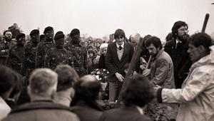 PACEMAKER BELFAST    SINN FEIN PRESIDENT GERRY ADAMS (RIGHT OF PICTURE) AT BOBBY SANDS FUNERAL MAY 1981