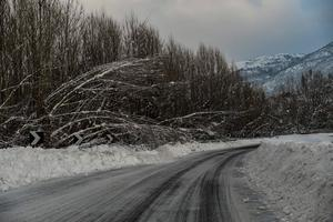 A view along the main road to Monterale, after a 5.7-magnitude earthquake struck the region, on January 19, 2017.  Several people have died after a ski hotel was buried by an avalanche in earthquake-hit central Italy, local media reported quoting rescue services. / AFP PHOTO / ANDREAS SOLAROANDREAS SOLARO/AFP/Getty Images