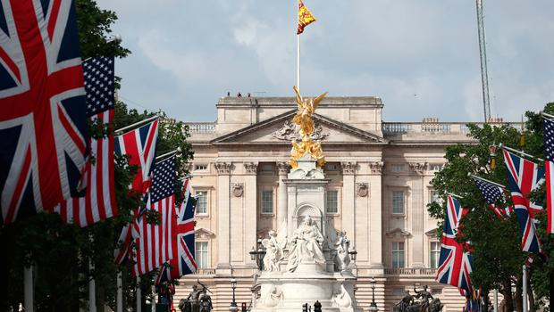 Flags on the Mall leading up to Buckingham Palace, London, during the first day of a state visit to the UK by US President Donald Trump. PRESS ASSOCIATION Photo. Picture date: Monday June 3, 2019. See PA story ROYAL Trump. Photo credit should read: Steve Parsons/PA Wire