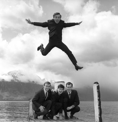 Gerry Marsden leaping over his supporting Pacemakers (PA)