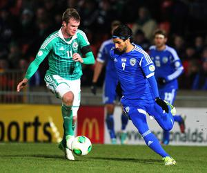 Northern Ireland  Chris Brunt and Israel's Lior Refaelov during Tuesday night's World Cup  Group F qualifier match at Windsor Park