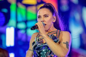 Former Spice Girl Melanie C performs during the Closing Ceremony of WorldPride NYC 2019 at Times Square on June 30, 2019 in New York City. (Photo by Roy Rochlin/Getty Images)
