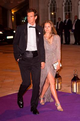 Andy Murray and his wife Kim arriving at the Wimbledon Champions Dinner 2016, at the Guildhall, London. PRESS ASSOCIATION Photo. Picture date: Sunday July 10, 2016. Andy Murray claimed his second Wimbledon title after beating Milos Raonic in three sets. See PA story TENNIS Wimbledon. Photo credit should read: Dominic Lipinski/PA Wire