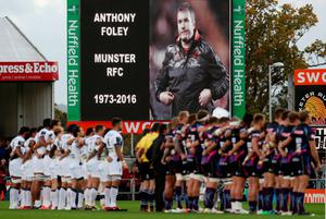 Exeter Chiefs and Clermont Auvergne respect a minutes silence for Munster coach Anthony Foley before the European Champions Cup, pool five match at Sandy Park, Exeter. PRESS ASSOCIATION Photo. Picture date: Sunday October 16, 2016. See PA story RUGBYU Exeter. Photo credit should read: David Davies/PA Wire
