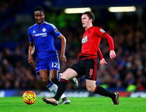 LONDON, ENGLAND - JANUARY 13: Craig Gardner of West Bromwich Albion and John Mikel Obi of Chelsea compete for the ball during the Barclays Premier League match between Chelsea and West Bromwich Albion at Stamford Bridge on January 13, 2016 in London, England.  (Photo by Clive Mason/Getty Images)