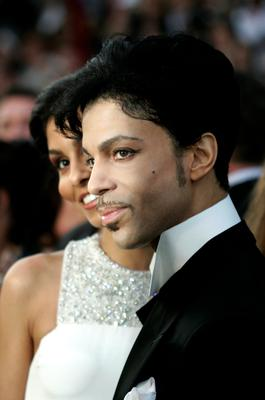 (FILES) This file photo taken on February 26, 2005 shows, Performer Prince arrivING for the 77th Academy Awards 27 February, 2005, at the Kodak Theater in Hollywood, California. AFP/Getty Images