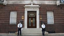 Police stand guard at the doors of The Lindo Wing as The Duchess Of Cambridge goes into labour at St Mary's Hospital (Photo by Chris Jackson/Getty Images)