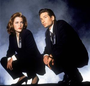 Gillian Anderson and David Duchovny in X Files as Mulder and Scully