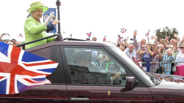 The queen at Stormont Castle - Diamond Jubliee 2012