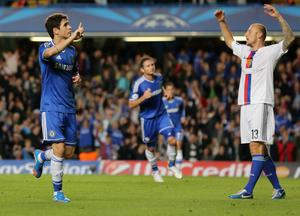 LONDON, ENGLAND - SEPTEMBER 18:  Oscar of Chelsea celebrates scoring the first goal during the UEFA Champions League Group E Match between Chelsea and FC Basel at Stamford Bridge on September 18, 2013 in London, England.  (Photo by Ian Walton/Getty Images)