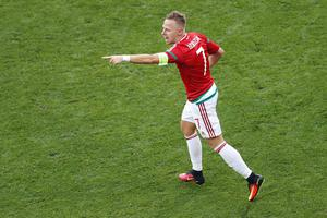 Hungary's Balazs Dzsudzsak celebrates scoring his side's 2nd goal  during the Euro 2016 Group F soccer match between Hungary and Portugal at the Grand Stade in Decines-Charpieu, near Lyon, France, Wednesday, June 22, 2016. (AP Photo/Michael Sohn)