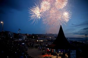 Final night of entertainment and Fireworks at the Irish Open in Portstewart organised by Causeway Coast and Glens Borough Council. PICTURE KEVIN MCAULEY/MCAULEY MULTIMEDIA