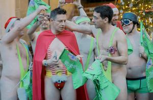 Colin Murray and the gang during the Belfast mankini run ( Photo by Kevin Scott / Presseye)