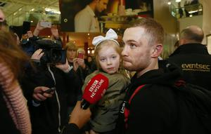 Carl Frampton with his daughter Carla.( Photo by Kevin Scott / Presseye )