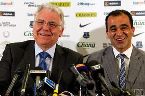 LIVERPOOL, ENGLAND - JUNE 5: New Everton manager Roberto Martinez (R) and Everton Chairman Bill Kenwright laugh during the Everton FC press conference at Goodison Park on June 5, 2013 in Liverpool, England. (Photo by Paul Thomas/Getty Images)