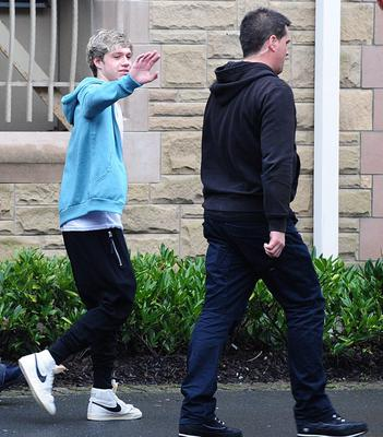 Band member Niall Horan pictured getting on the their tour bus at the The Culloden Estate & Spa near Belfast. Picture By: Arthur Allison.