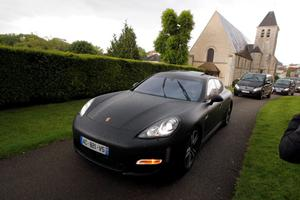 The cars of Kim Kardashian, Kanye West and their guests arrive at the entrance of the Wideville Castle, in Davron, 35 miles west of Paris, Friday, May 23, 2014. The gates of the Chateau de Versailles, once the digs of Louis XIV, will be thrown open to Kim Kardashian, Kanye West and their guests for a private evening on the eve of their marriage.(AP Photo/Francois Mori)
